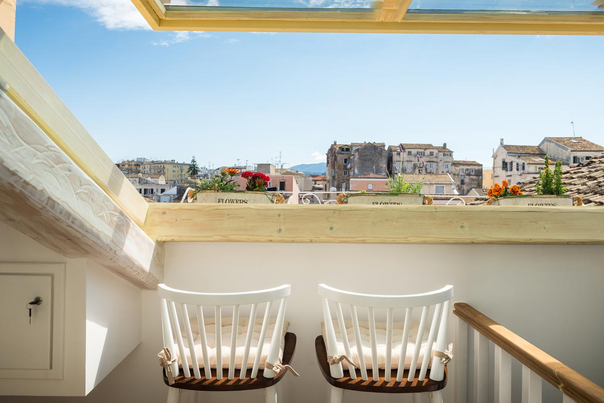 corfu old town luxury apartment to stay with unique view 02